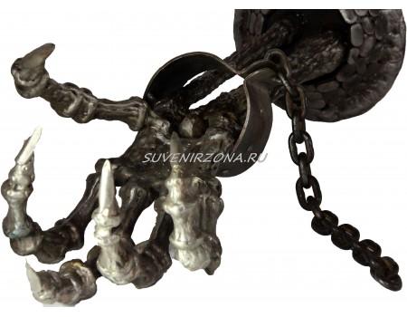 Купить фигуру из металла «Рука узника»