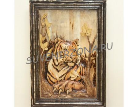Купить панно большое «Амурская тигрица после охоты» (70см х 50см)