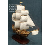 Модель сувенирного корабля №2