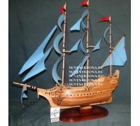 Модель сувенирного корабля №4